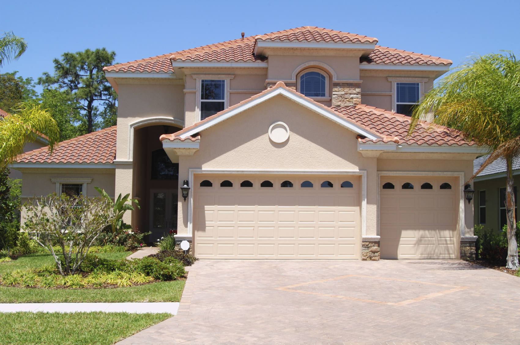 Tampa home cleaning brandon house cleaning for Medium houses